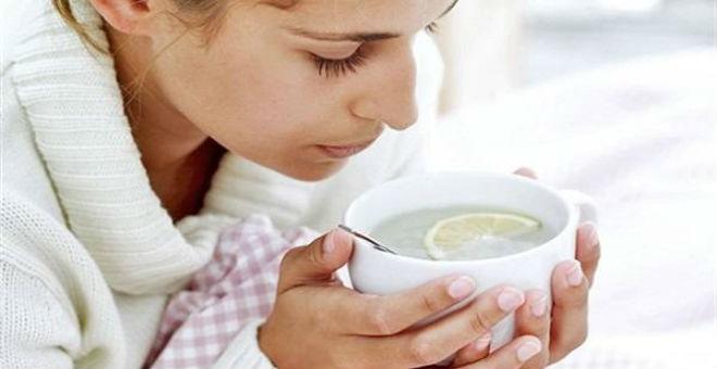أطعمة ومشروبات ابتعدوا عنها أثناء الإصابة بالإنفلونزا