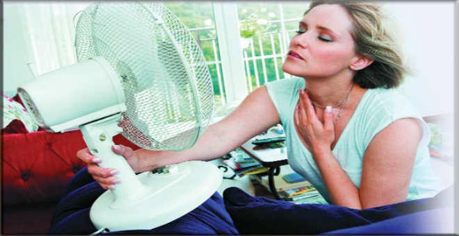 وصفات طبيعية مدهشة للتخفيف الهبات الساخنة التي تصيب المرأة
