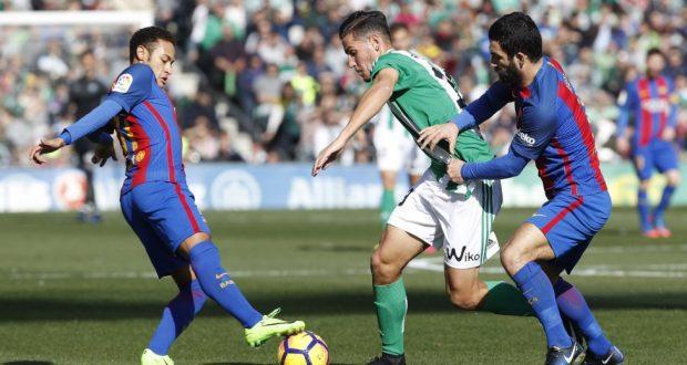 ريال بيتيس يفرض التعادل على برشلونة