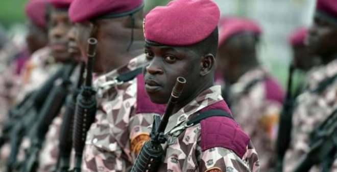 ساحل العاج: جنود متمردون يحتجزون وزير الدفاع  رغم موافقة الرئيس على مطالبهم