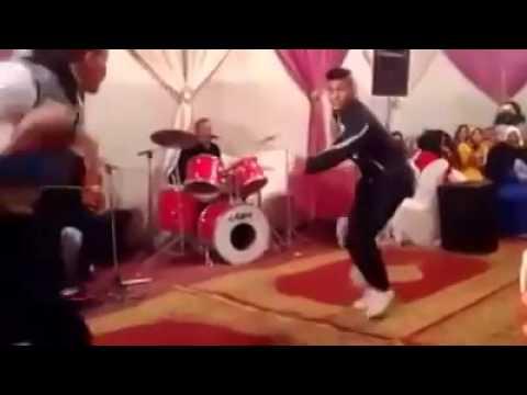 فيديو عندما يلتقي أصحاب التشرميل في عرس مغربي