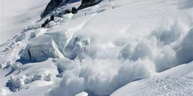 وسط الأجواء العالمية الباردة.. الجليد يقتل العشرات بإيطاليا