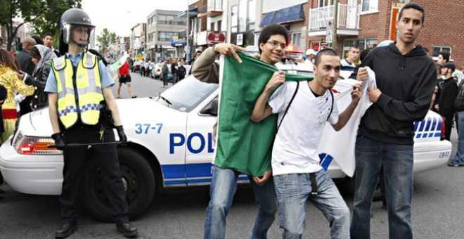 الجزائريون في صدارة طالبي التأشيرة الفرنسية