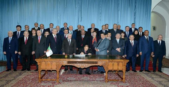 فضيحة محاسباتية في الجزائر.. أين اختفت 30 مليار دينار من موارد قانون المالية؟!!