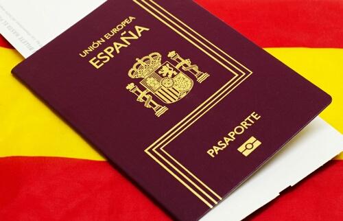 الأمن يكشف حقيقة منع محام إسباني من دخول المغرب