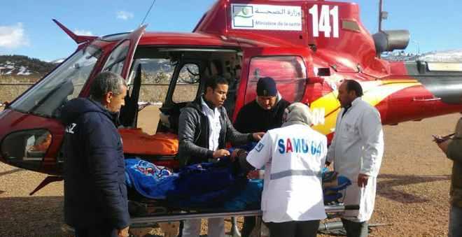 المروحية الطبية تنقذ إمرأة في حالة صحية حرجة بدوار محاصر بالثلوج