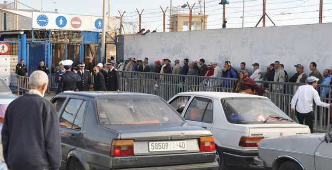 جزائريون يلجون سبتة للحصول على اللجوء السياسي