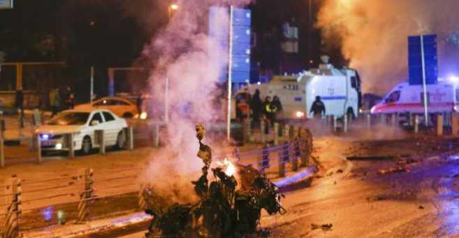 ليلة رأس السنة.. هجوم إرهابي يخلف قتلى في ملهى بتركيا