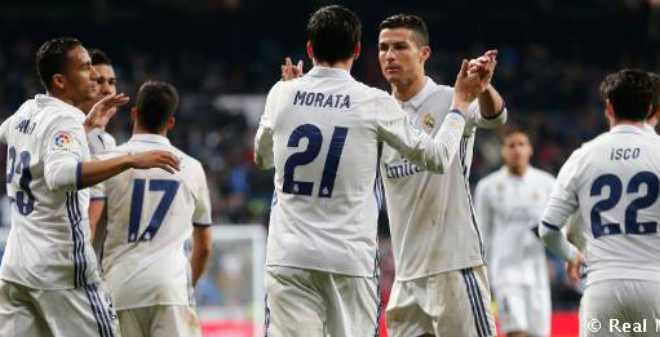 ريال مدريد يسحق سوسيداد ويتصدر الليغا