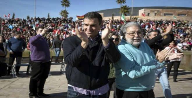 ترشيح بيدرو سانشيث للأمانة العامة يعيد عقارب ساعة الاشتراكيين الإسبان إلى الوراء