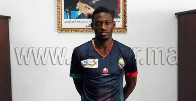 الجيش الملكي يتعاقد مع أول لاعب إفريقي
