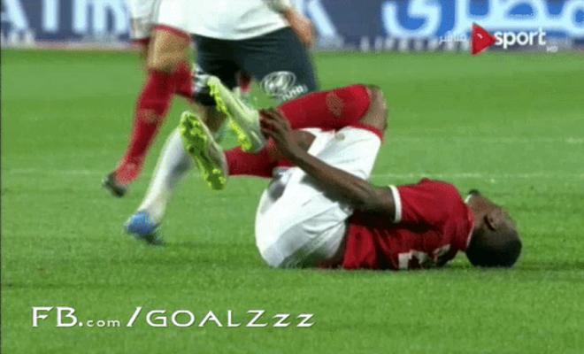 لقطة من اللقطات الطريفة بكرة القدم