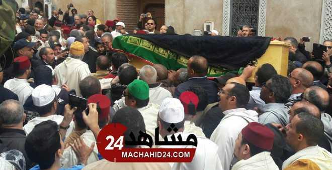 أجواء مهيبة في جنازة حكيم الاستقلاليين امحمد بوستة