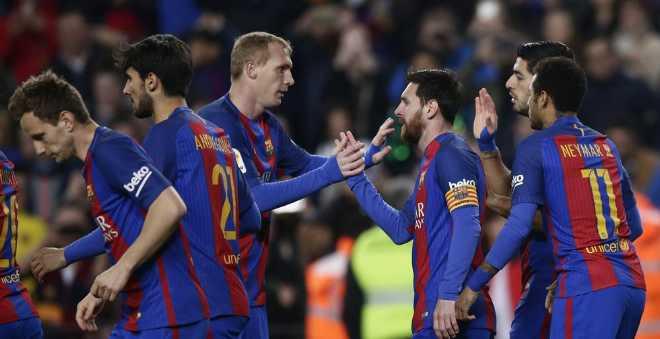 برشلونة يسحق سان جرمان ويعبر للربع