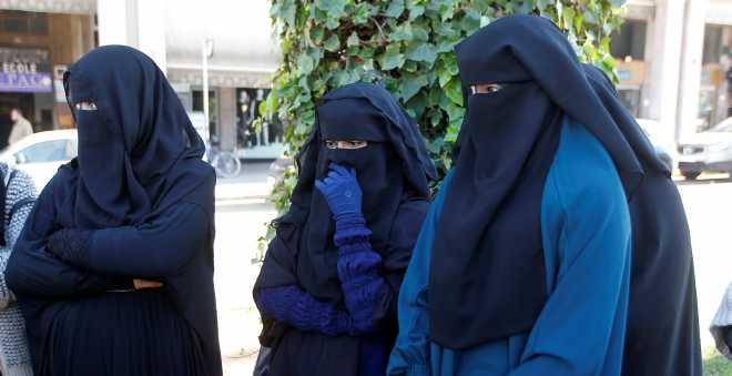 دعوات سلفية للاحتجاج على منع إنتاج وبيع البرقع بالمغرب