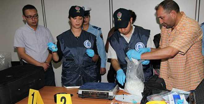 أمن مطار محمد الخامس يوقف كولومبيا بحوزته كمية كبيرة من الكوكايين