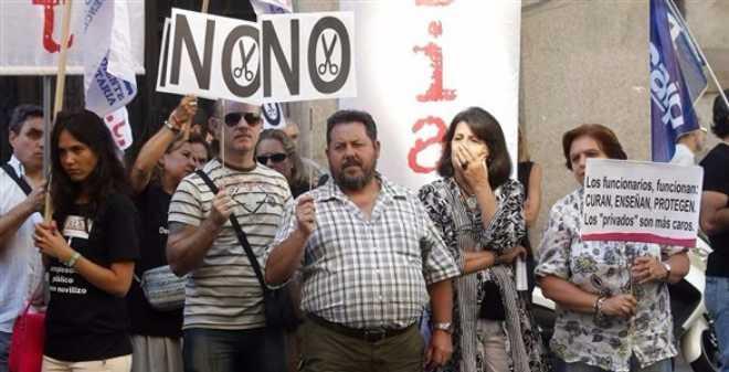 إسبانيا. المواطنون يخرجون في مسيرة