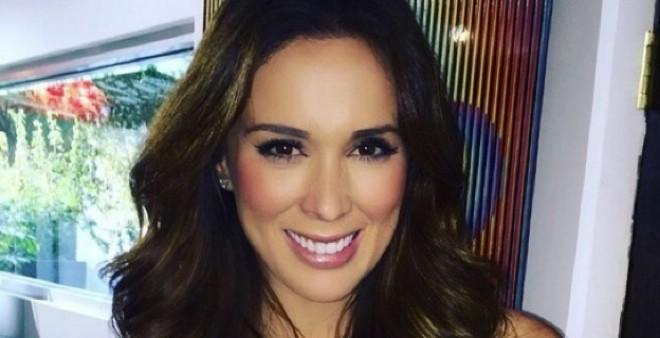 بالفيديو..ممثلة مكسيكية تخلق الحدث على