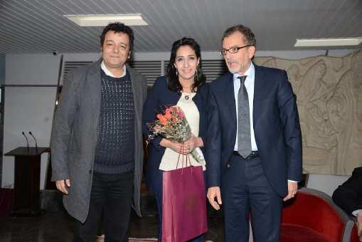 وزير الثقافة ينوه بتتويج الوفد المغربي في مهرجان المسرح العربي  بالجزائر