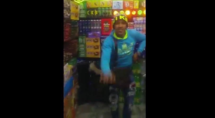 رقصة غريبة تجتاح الشباب في المغرب ..!!