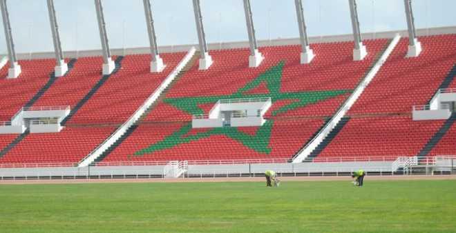كثرة المباريات تهدد أرضية ملعب مولاي عبد الله