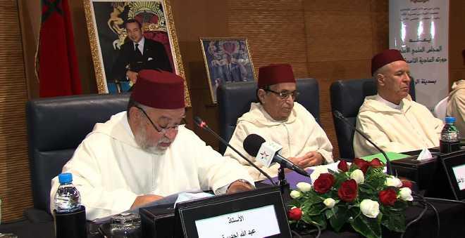 باحث مغربي يكشف دلالات تراجع المجلس العلمي الأعلى عن فتوى قتل المرتد