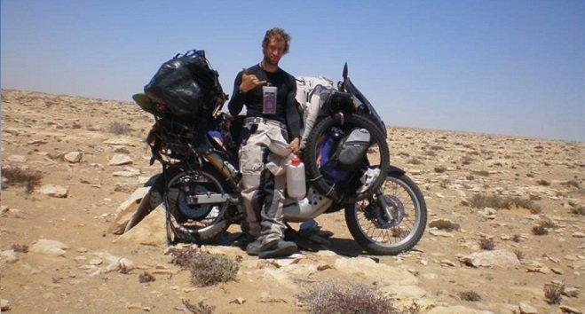 شاب إيطالي في رحلة إنسانية للقارة الإفريقية مرورا بالمغرب