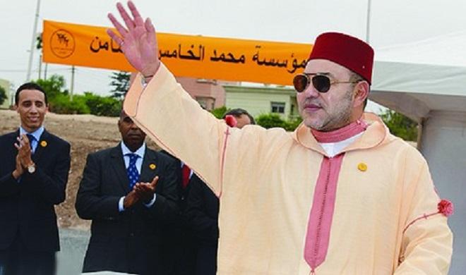 الملك يضع الحجر الأساس لبناء مركز للتكوين في الفندقة والسياحة في الدار البيضاء