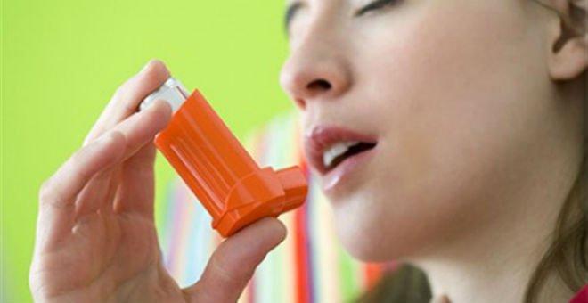 وصفة طبيعية لتخفيف نوبات حساسية الصدر في الجو المتقلب