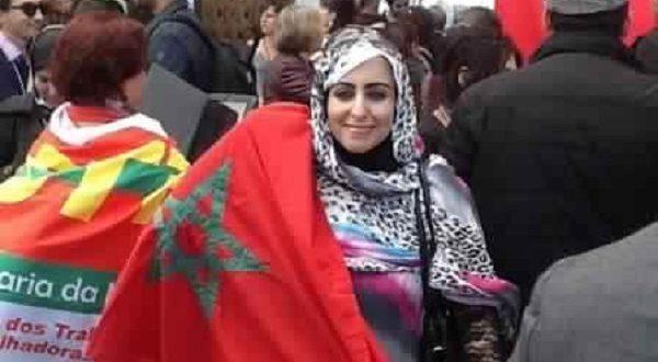 الناشطة الصحراوية عائشة رحال
