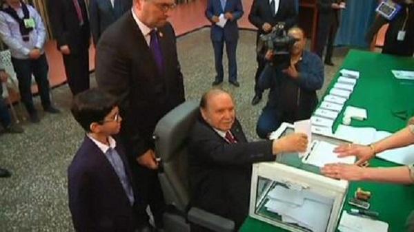 الجزائر: فتح تحقيق حول رشاوي انتخابية داخل حزب بوتفليقة