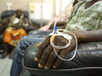 بسبب عطل.. المغرب يعالج عشرات السنغاليين المصابين بالسرطان