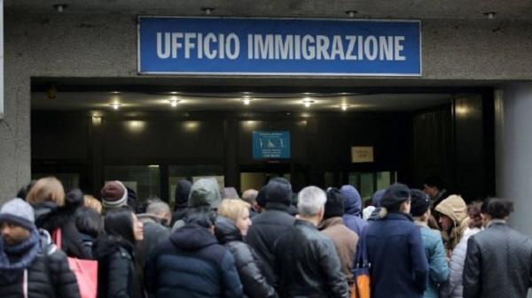 إيطاليا تفتح أبوابها أمام عمال موسميين مغاربة