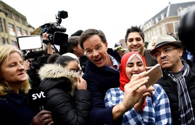 هولندا: تعبئة مغربية تركية تقطع الطريق أمام الحزب اليميني المتطرف