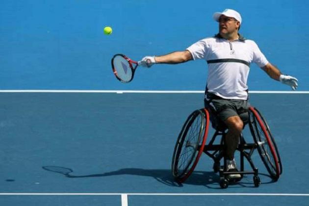 مغربي يسعى للفوز بدوري التنس الأمريكي للكراسي المتحركة