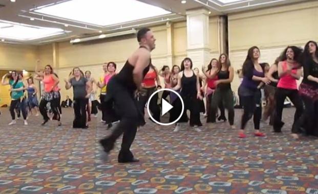 مغربي يدرس الرقص في كولومبيا