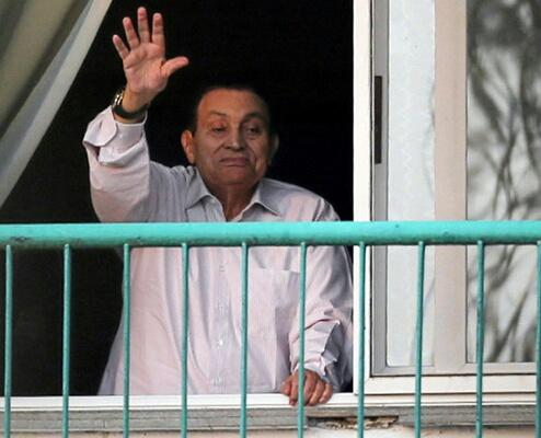 بعد 6 سنوات على ثورة يناير.. حسني مبارك حر