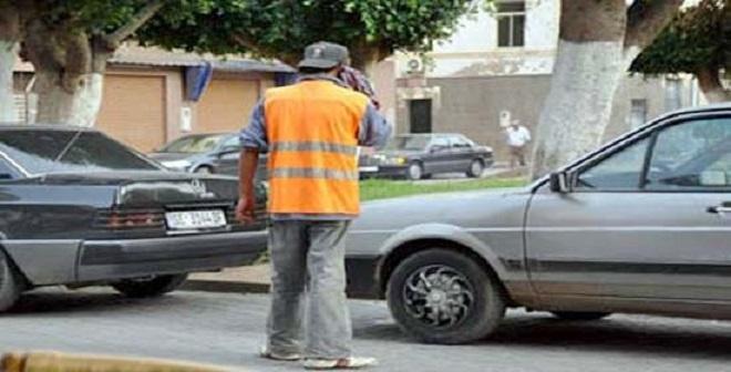 وفاة حارس للسيارات بعد تعرضه لاعتداء شباب حاولوا تكسير سيارة