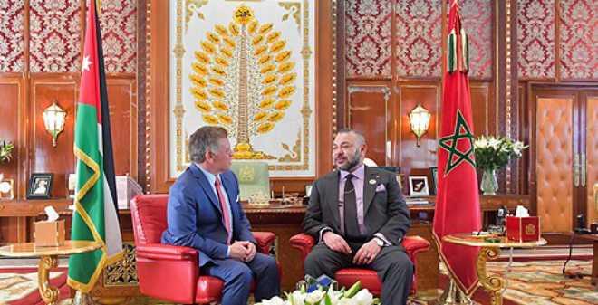الملك يجري مباحثات على انفراد مع عاهل المملكة الأردنية الهاشمية