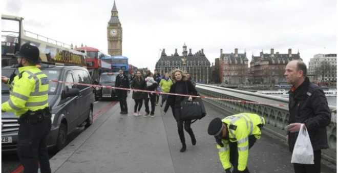 مقتل ضابط شرطة وامرأة في