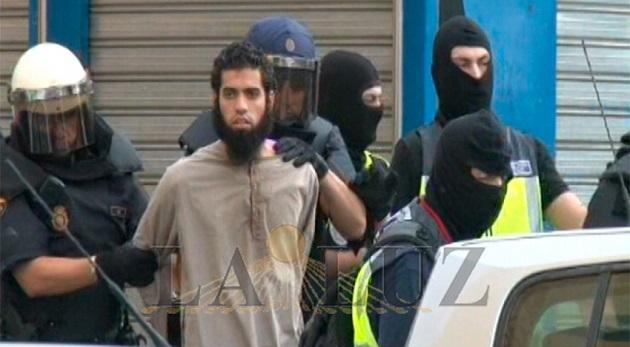 مواطن مغربي يحرج القضاء الإسباني
