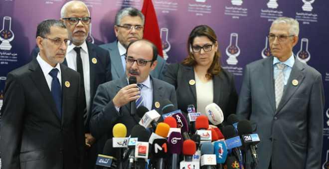 العماري يعلن موقف حزبه من المشاركة في الحكومة