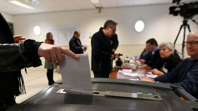 اقتراع 15 مارس يحبس أنفاس مغاربة هولندا
