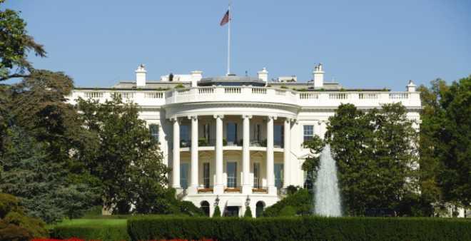 استنفار أمني في البيت الأبيض بعد ادعاء سائق بحمله
