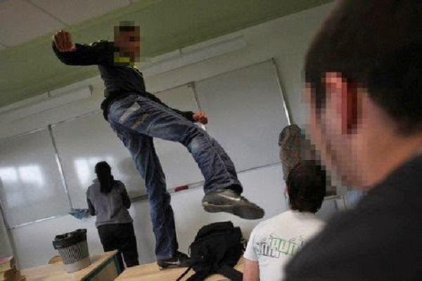 أطر التعليم بإقليم فجيج-بوعرفة تنتفض ضد العنف المدرسي