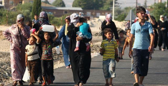 بنعتيق يطالب الجزائر بمعاملة إنسانية للسوريين ويخلي مسؤولية المغرب