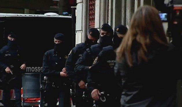 إسبانيا تعتقل 8 مغاربة لهم علاقة بهجومات بروكسيل