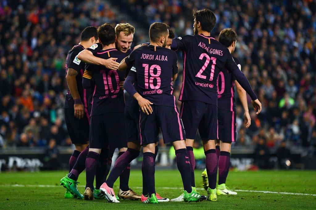 برشلونة يسحق إسبانيول ويشعل الليغا