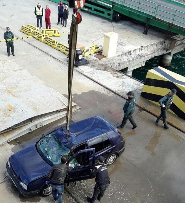 مصرع مغربي بعد سقوط سيارته في مياه ميناء سبتة المحتلة