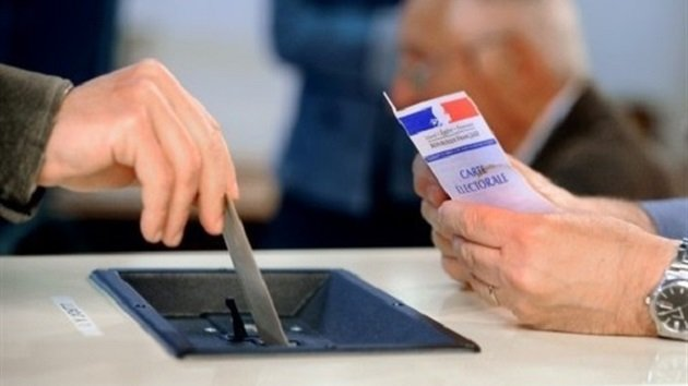 الانتخابات الفرنسية: إجراءات أمنية مشددة وترقب المهاجرين